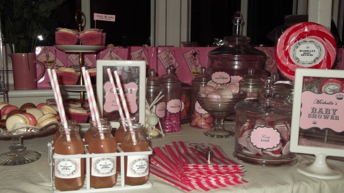 Michelle Heaton's Pretty in Pink party table